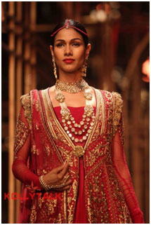 Tarun Tahiliani fashion design