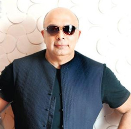 TARUN TAHILIANI FASHION DESIGNER